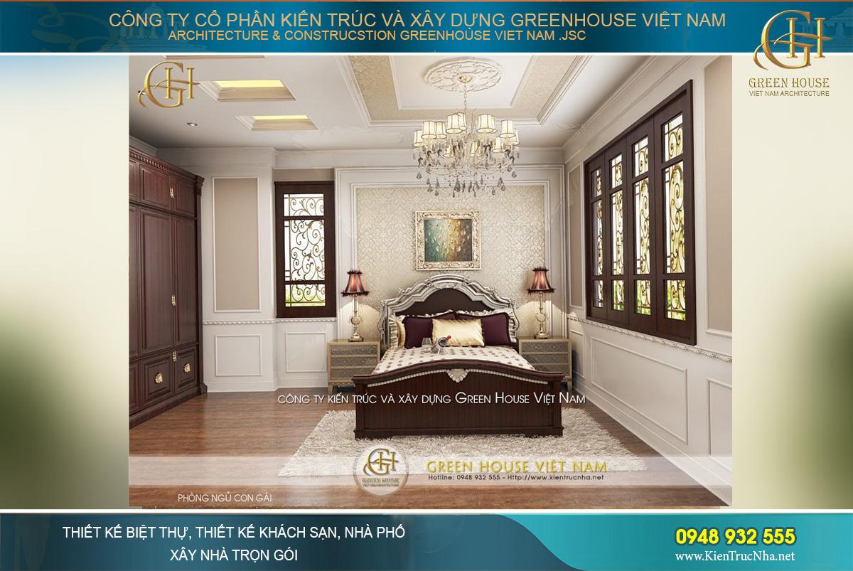 Phòng ngủ chính được trang trí theo phong cách sang trọng với màu sắc hoàng gia quý phái